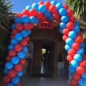 Arco de globos para comunión.