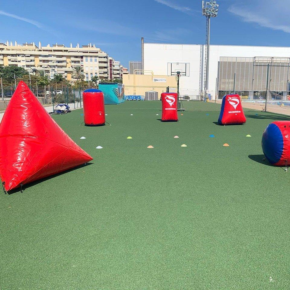 Pista para Batallas Nerf en Málaga con empresa Bubble Soccer.