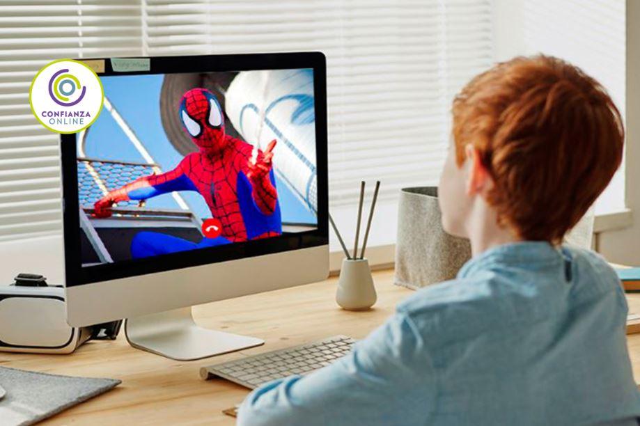 Cumpleaños online con videollamada de superhéroes