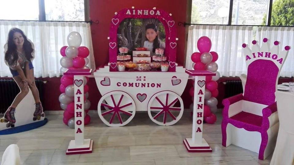 """Carrito dulce para comunión inspirado en """"Yo soy Luna""""."""