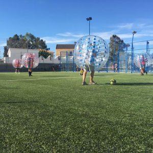 Fútbol de burbuja en Málaga.