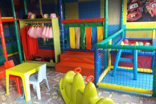 Jenny Park (A) - zona de juego