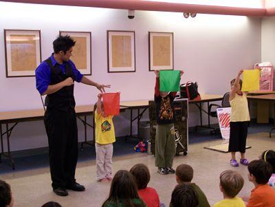 Fiesta infantil con magia.