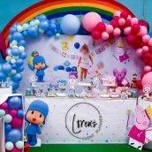 Mesa de dulces Pocoyó y Pepa Pig