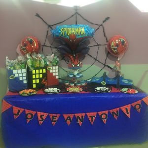 Mesa dulce Spiderman.