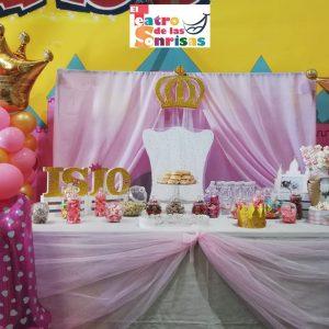 Mesa dulce de princesas.