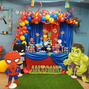 Mesa dulce de superhéroes