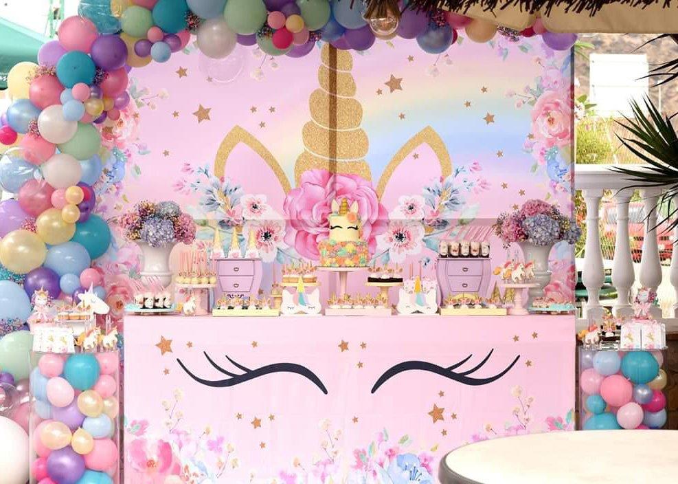Mesa dulce de unicornio fiesta de cumpleaños en Málaga