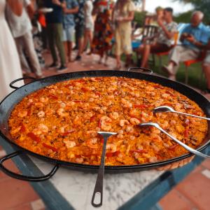 Paella gigante para eventos en Málaga.