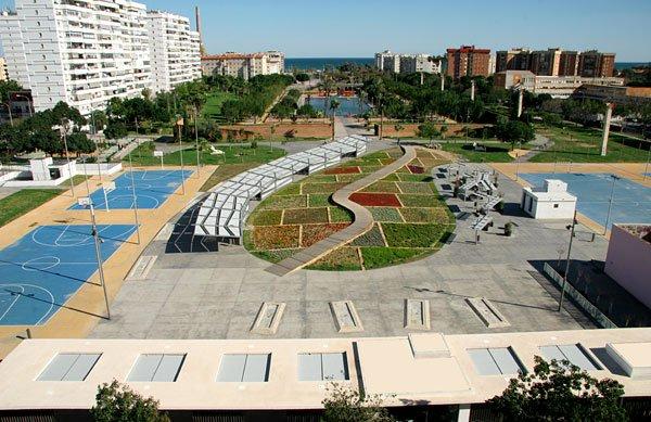 Parque del Oeste en Málaga. Distrito Carretera de Cádiz.
