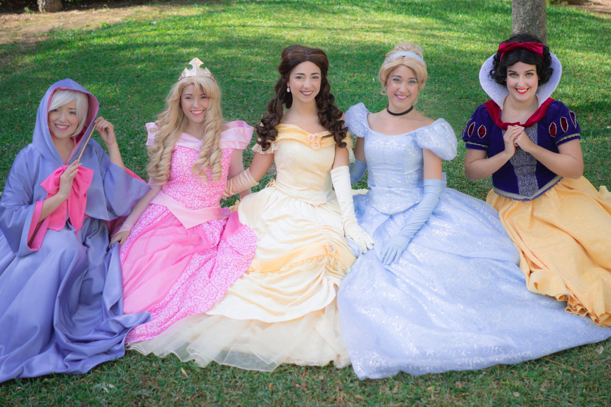 Princesas Disney animación infantil Un día de cuento Málaga